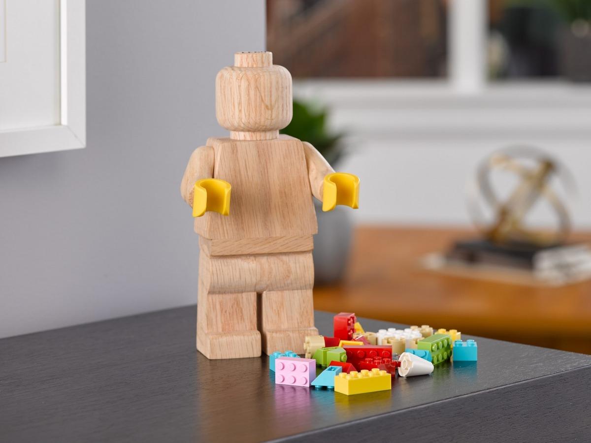 minifigura de madera lego 853967 scaled